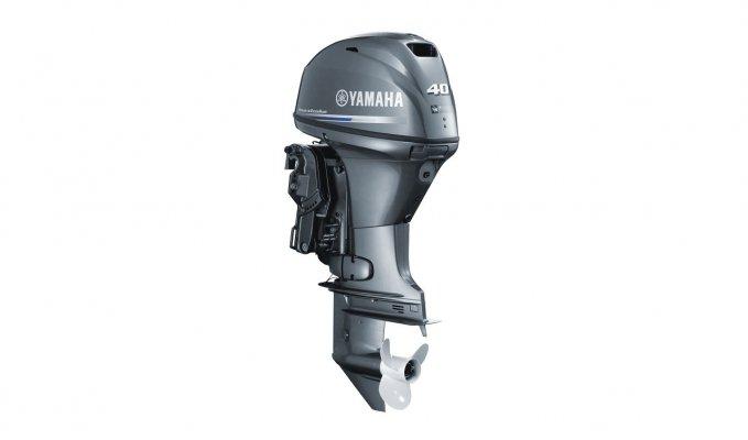 Yamaha F 40 Studio 2015